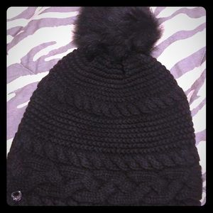 UGG SLOUCH HAT- like new no tags